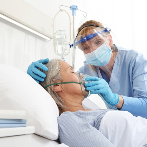 Hospitals can manage surging demand for medical oxygen by communicating demand forecasting with their supplier, increasing delivery windows and more