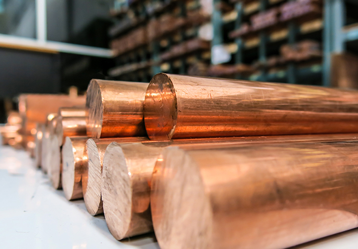 Whether you're processing copper in a reverberatory furnace or placing recycled copper into a rotary furnace for a melt-to-cast order, you want Messer's oxygen-enriched oxyfuel solutions.